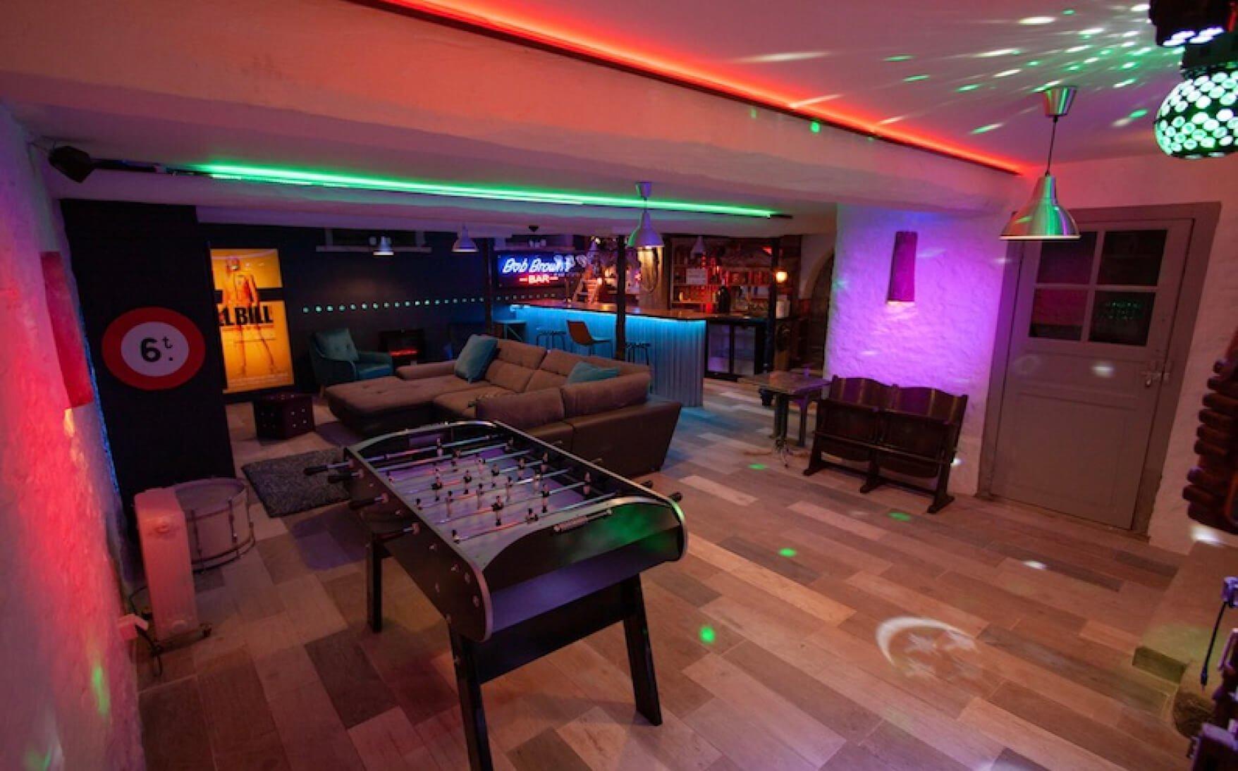Basement Living spaces La Maison